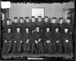 [Group portrait of graduating class of 1924, Baltimore College of Commerce]